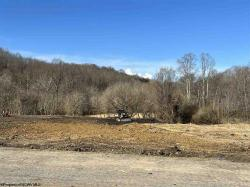 32.74 ACRES Middletown